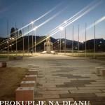 osvetljen_spomenik.jpg