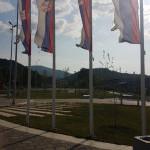 zastave_kod_spomenika.jpg