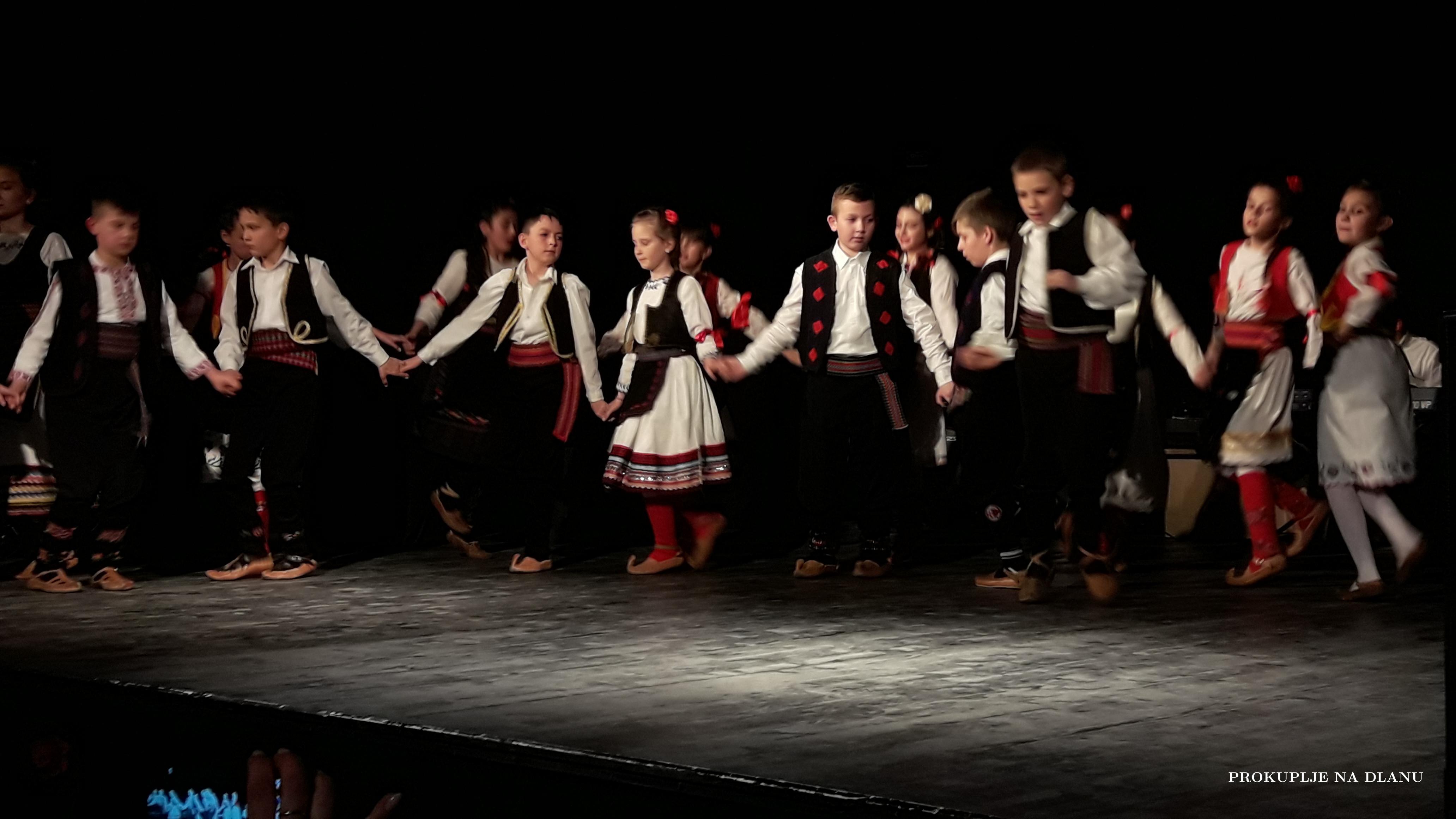 """""""АБРАШЕВИЋ"""" УПИСУЈЕ НОВЕ ЧЛАНОВЕ"""