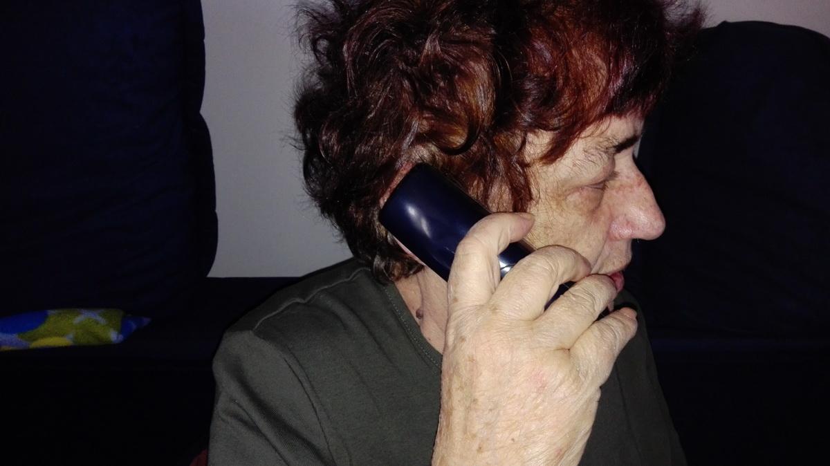 TELEFONSKO MALTRETIRANJE JE ZAKONSKO !