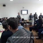 ПРИПАДНИЦИ ВОЈСКЕ СРБИЈЕ ПРЕЗЕНТОВАЛИ ВОЈНЕ ШКОЛЕ